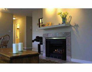 """Photo 4: 1631 VINE Street in Vancouver: Kitsilano Condo for sale in """"VINE GARDENS"""" (Vancouver West)  : MLS®# V629429"""