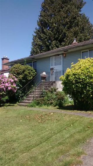 Photo 2: 11228 135A Street in Surrey: Bolivar Heights House for sale (North Surrey)  : MLS®# R2419035