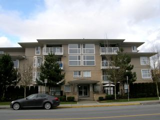 Photo 2:  in MAGNOLIA GATE: Home for sale : MLS®# V991869