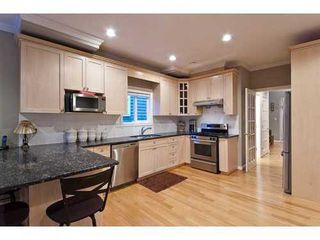 Photo 4: 959 CLEMENTS Ave in North Vancouver: Home for sale : MLS®# V911167