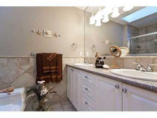 Photo 9: 959 CLEMENTS Ave in North Vancouver: Home for sale : MLS®# V911167