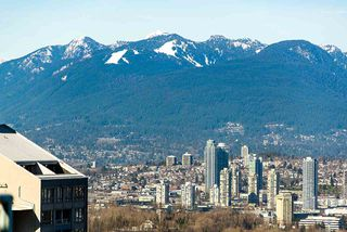 """Photo 4: 2108 4888 HAZEL Street in Burnaby: Forest Glen BS Condo for sale in """"NEWMARK"""" (Burnaby South)  : MLS®# R2457351"""