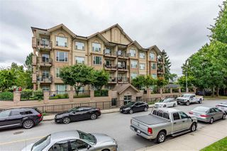 "Photo 2: 206 20286 53A Avenue in Langley: Langley City Condo for sale in ""Casa Verona"" : MLS®# R2481785"