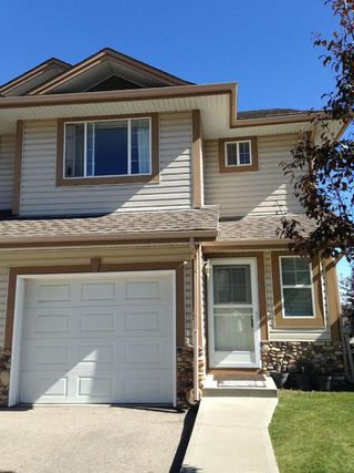 Main Photo: 82 CITADEL Pointe NW in Calgary: Citadel Row/Townhouse for sale : MLS®# A1029145