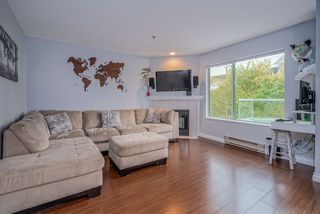 """Photo 3: 502 6737 STATION HILL Court in Burnaby: South Slope Condo for sale in """"THE COURTYARDS"""" (Burnaby South)  : MLS®# R2507857"""