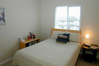 Photo 8: V516183: Condo for sale (Riverside Drive)  : MLS®# V516183