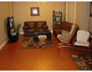 Photo 6: 1056 DELESTRE Avenue in Coquitlam: Maillardville House 1/2 Duplex for sale : MLS®# V795674