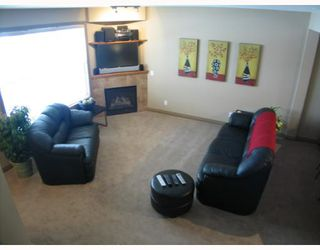 Photo 5: 147 Couture Crescent SW in CALGARY: Garrison Green Townhouse for sale (Calgary)  : MLS®# C3261879