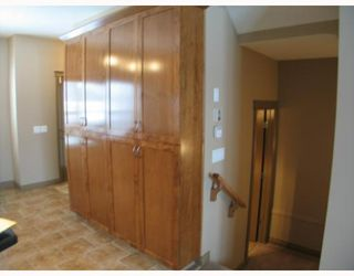 Photo 4: 147 Couture Crescent SW in CALGARY: Garrison Green Townhouse for sale (Calgary)  : MLS®# C3261879