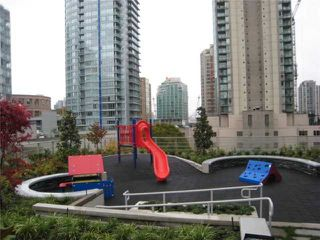 Photo 5: # 903 535 SMITHE ST in Vancouver: Downtown VW Condo for sale (Vancouver West)  : MLS®# V859382