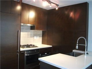 Photo 3: # 903 535 SMITHE ST in Vancouver: Downtown VW Condo for sale (Vancouver West)  : MLS®# V859382