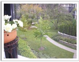 "Photo 7: 304 4759 VALLEY Drive in Vancouver: Quilchena Condo for sale in ""MARGUERITE HOUSE"" (Vancouver West)  : MLS®# V667065"