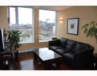 "Photo 4: 510 550 TAYLOR Street in Vancouver: Downtown VW Condo for sale in ""TAYLOR"" (Vancouver West)  : MLS®# V703612"