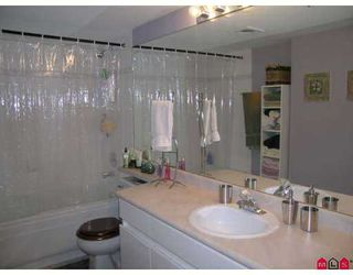 """Photo 5: 9650 148TH Street in Surrey: Guildford Condo for sale in """"Hartford Woods"""" (North Surrey)  : MLS®# F2703516"""