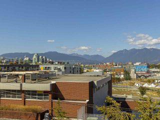 "Photo 2: 303 440 E 5TH Avenue in Vancouver: Mount Pleasant VE Condo for sale in ""Landmark Manor"" (Vancouver East)  : MLS®# R2400226"