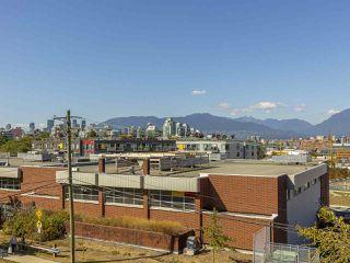 "Photo 18: 303 440 E 5TH Avenue in Vancouver: Mount Pleasant VE Condo for sale in ""Landmark Manor"" (Vancouver East)  : MLS®# R2400226"