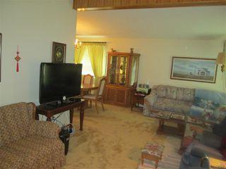Photo 3: 3619 108 Street in Edmonton: Zone 16 House for sale : MLS®# E4181015