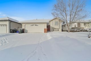 Photo 2: 133 NORWICH Crescent: Sherwood Park House for sale : MLS®# E4184278