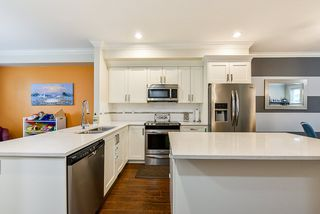 """Photo 10: 69 5957 152 Street in Surrey: Sullivan Station Townhouse for sale in """"Panorama Station"""" : MLS®# R2466563"""