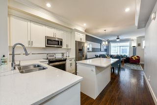 """Photo 7: 69 5957 152 Street in Surrey: Sullivan Station Townhouse for sale in """"Panorama Station"""" : MLS®# R2466563"""