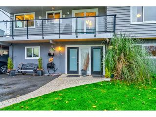Photo 3: 1679 57 Street in Delta: Beach Grove House for sale (Tsawwassen)  : MLS®# R2478309