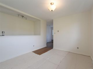 Photo 5: 2101 Rennie Pl in : Si Sidney South-West House for sale (Sidney)  : MLS®# 858574