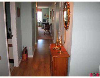 "Photo 10: 203 15130 ROPER Avenue in White_Rock: White Rock Condo for sale in ""THE CARRINGTON"" (South Surrey White Rock)  : MLS®# F2717771"