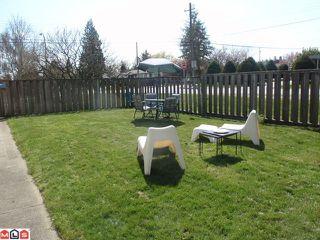 Photo 10: 15655 RUSSELL AV: White Rock House for sale (South Surrey White Rock)  : MLS®# F1110511