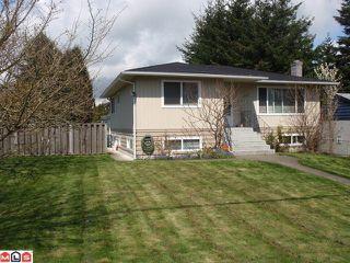 Photo 1: 15655 RUSSELL AV: White Rock House for sale (South Surrey White Rock)  : MLS®# F1110511