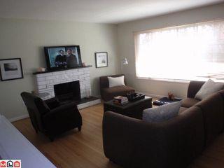 Photo 4: 15655 RUSSELL AV: White Rock House for sale (South Surrey White Rock)  : MLS®# F1110511