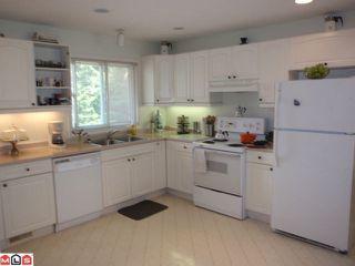 Photo 5: 15655 RUSSELL AV: White Rock House for sale (South Surrey White Rock)  : MLS®# F1110511