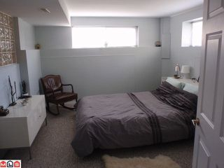 Photo 8: 15655 RUSSELL AV: White Rock House for sale (South Surrey White Rock)  : MLS®# F1110511