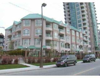 "Photo 1: 301W 3061 GLEN Drive in Coquitlam: North Coquitlam Condo for sale in ""PARC LAURENT"" : MLS®# V670865"