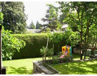 "Photo 2: 965 THERMAL DR in Coquitlam: Chineside House for sale in ""CHINESIDE"" : MLS®# V543057"