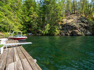 "Photo 4: Block E SAKINAW Lake in Pender Harbour: Pender Harbour Egmont House for sale in ""Sakinaw Lake"" (Sunshine Coast)  : MLS®# R2398230"