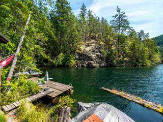 "Photo 10: Block E SAKINAW Lake in Pender Harbour: Pender Harbour Egmont House for sale in ""Sakinaw Lake"" (Sunshine Coast)  : MLS®# R2398230"