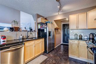 Photo 2: 28 6608 158 Avenue in Edmonton: Zone 28 Townhouse for sale : MLS®# E4181088