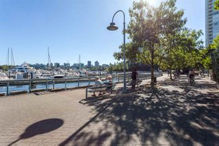 "Photo 20: 1056 PACIFIC Boulevard in Vancouver: Yaletown Townhouse for sale in ""Quaywest"" (Vancouver West)  : MLS®# R2431861"