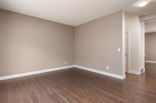 Photo 8: 53 2003 Rabbit Hill Road in Edmonton: Zone 14 Townhouse for sale : MLS®# E4195457