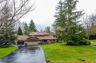Photo 2: 2916 COUNTRY WOODS Drive in Surrey: Grandview Surrey House for sale (South Surrey White Rock)  : MLS®# R2459464