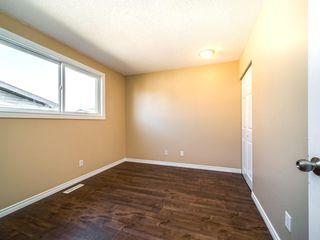 Photo 7: 896 RUNDLECAIRN Way NE in Calgary: Rundle Detached for sale : MLS®# C4301091