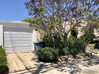 Photo 6: MISSION HILLS House for sale : 2 bedrooms : 3752 Hawk St in San Diego