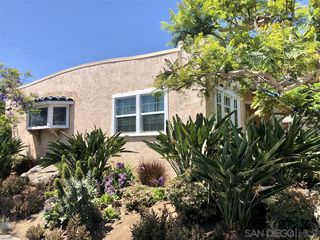 Photo 2: MISSION HILLS House for sale : 2 bedrooms : 3752 Hawk St in San Diego
