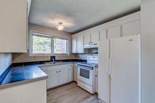 Photo 12: 236 QUEEN CHARLOTTE Way SE in Calgary: Queensland Detached for sale : MLS®# A1025137