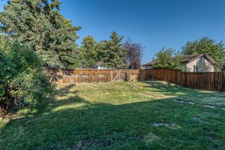 Photo 27: 236 QUEEN CHARLOTTE Way SE in Calgary: Queensland Detached for sale : MLS®# A1025137