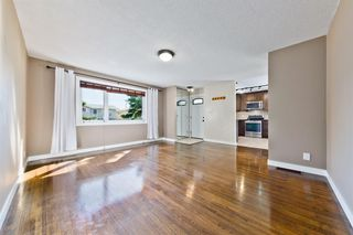 Photo 11: 2003 35 Street SE in Calgary: Southview Detached for sale : MLS®# A1027637