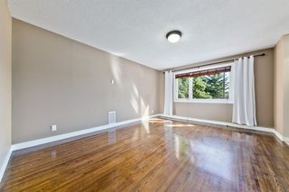 Photo 10: 2003 35 Street SE in Calgary: Southview Detached for sale : MLS®# A1027637
