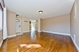 Photo 12: 2003 35 Street SE in Calgary: Southview Detached for sale : MLS®# A1027637