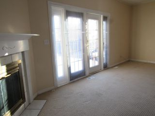 Photo 4: 9301 Morinville Drive in Morinville: Townhouse for rent