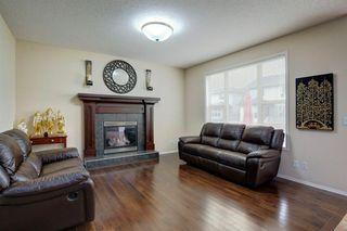Photo 2: 195 EVEROAK Green SW in Calgary: Evergreen Detached for sale : MLS®# A1035204